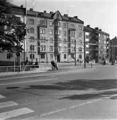 Framsta järnvägsövergång 20/8 1965. Södra vägen 16 och 14