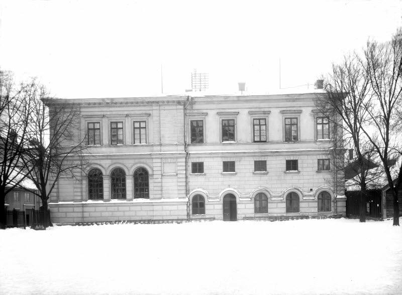 Gamla läroverket Gymnastikhuset, Storgatan 35B, mot Norra Långgatan
