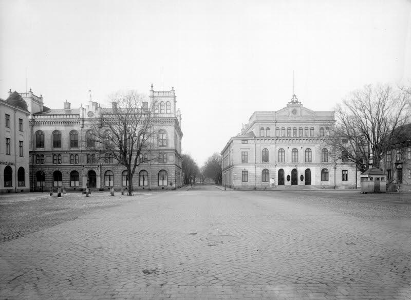 Larmtorget från Storgatan, Eos, Teatern, hotellet