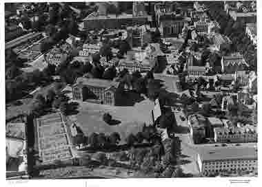Flygbild över Malmen, Tullbroskolan